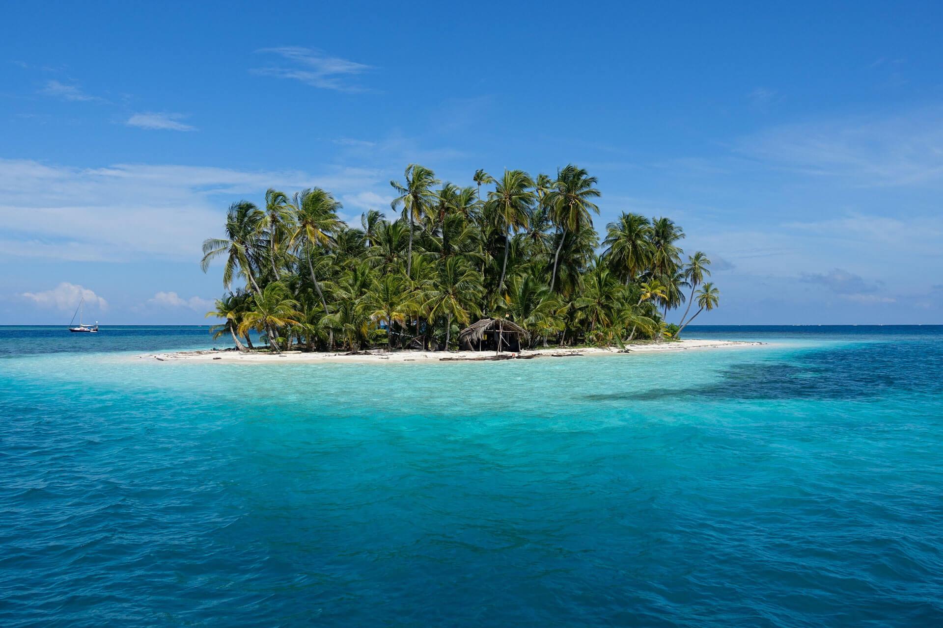 11One of the many uninhabited islands in the San Blas Islands, Panama