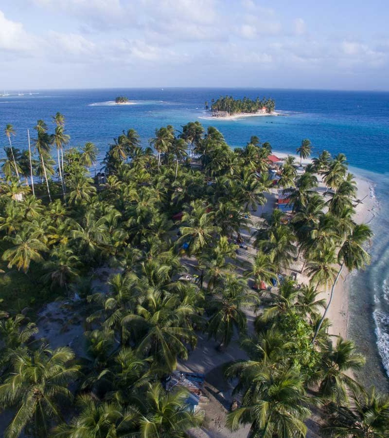 The San Blas Islands in Panama from above - true paradise!