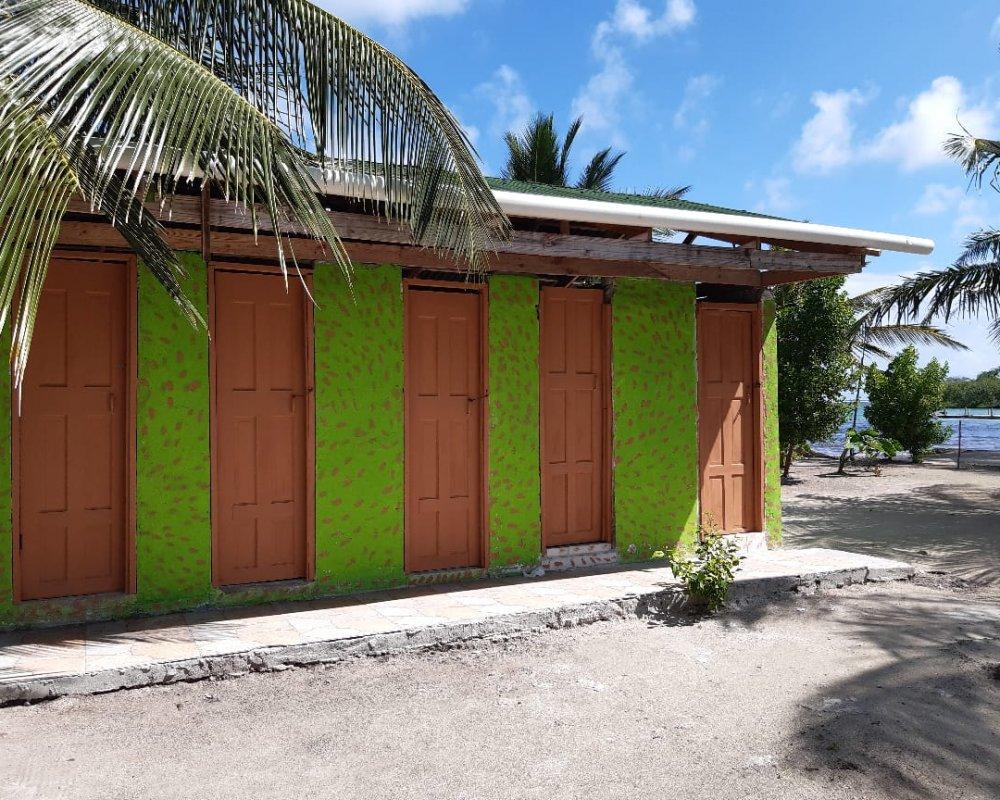 11Shared Bathrooms on Isla Miriyadup, San Blas Islands, Panama