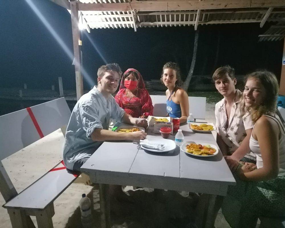 11Evening time on Miriyadup Island, San Blas Islands, Panama